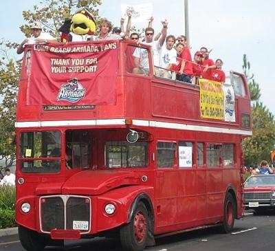 busparade1resize.jpg